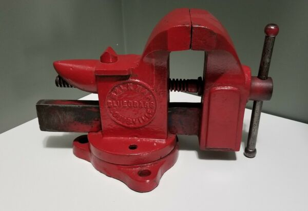 Belknap Blacksmith Anvil Vise Swivel Base BGV4