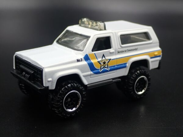 1973-1991 CHEVY CHEVROLET K5 BLAZER 4X4 SHERIFF 1:56 SCALE DIECAST MODEL CAR
