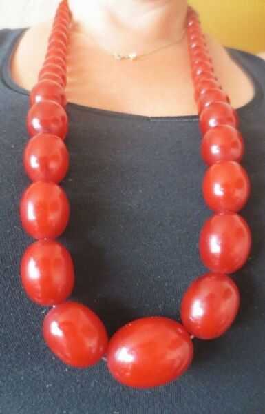 ANTIQUE VNT CHERRY RED AMBER BAKELITE FATURAN OLIVE BEADS LONG NECKLACE 171.8 gr