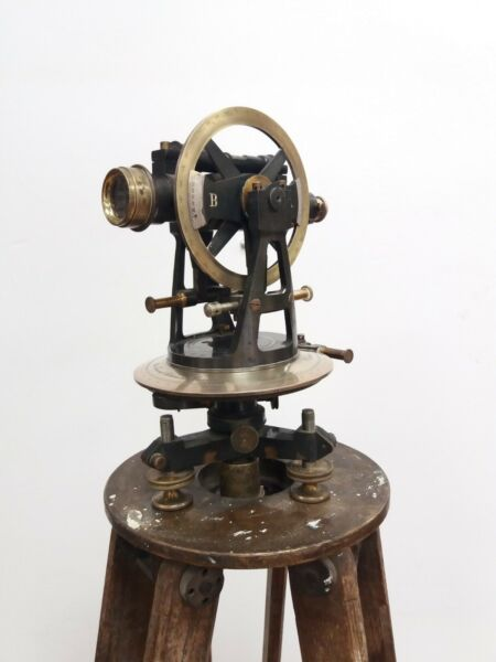 Antique Otto Fennel Söhne Kassel Theodolite 1907 With Wooden Box  Wood Stand