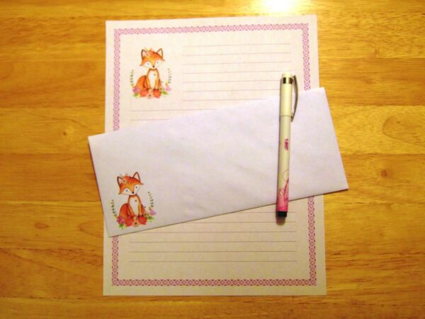 Fox Stationery 12 Sheets 6 Envelopes Lined Stationary $12.00
