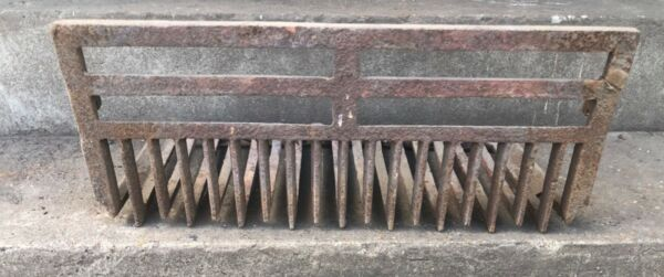 Antique Vintage LATE 1800'S Cast Iron Fireplace Grate Insert Log Holder