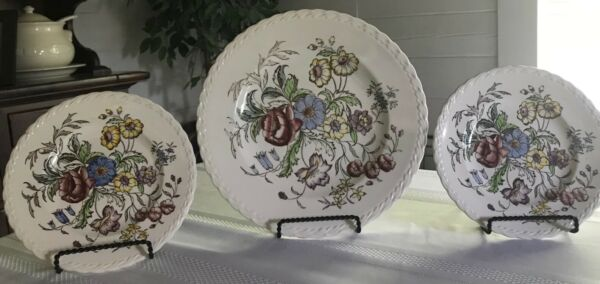 Vernon Kilns Of California Set Of 3 Hand Painted Under Glaze Plates $65.99