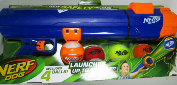 Nerf Dog Tennis Ball Gun Launcher Blaster Skyrocket 50 Feet + Free 4 Balls New