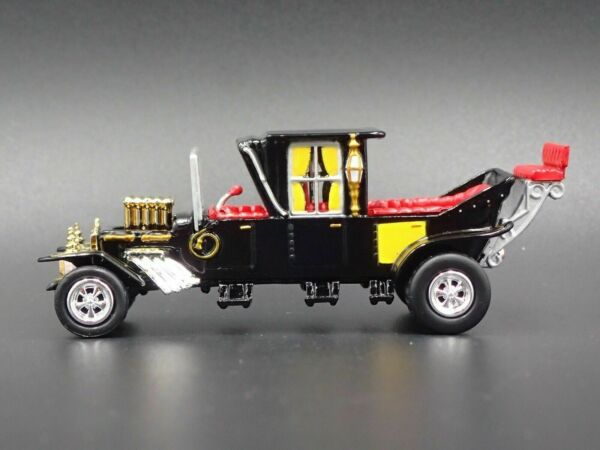 THE MUNSTERS BARRIS KOACH RARE 1:64 SCALE COLLECTIBLE DIORAMA DIECAST MODEL CAR