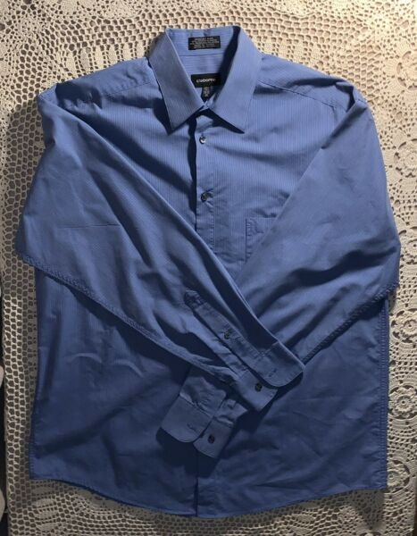 claiborne for men Bottom Down Shirt