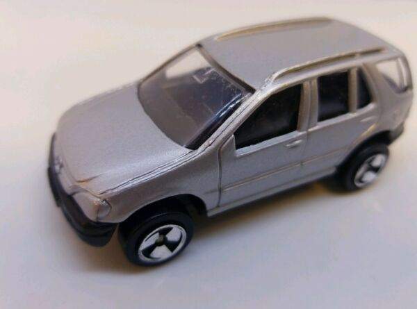 Maisto Mercedes Benz ML320 Die Cast Metal SUV 1 64 Silver Special Edition Truck $7.80