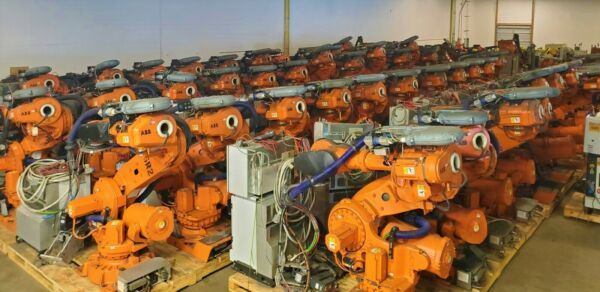8 ABB IRB 6640 Robots IRC5 w 7th Axis 2.75m. Including Worldwide Shipping