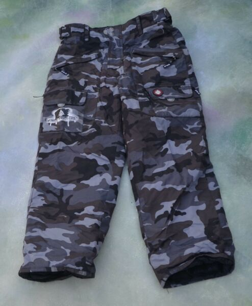 World Industries Snow Board Ski Pants Size Youth XL.