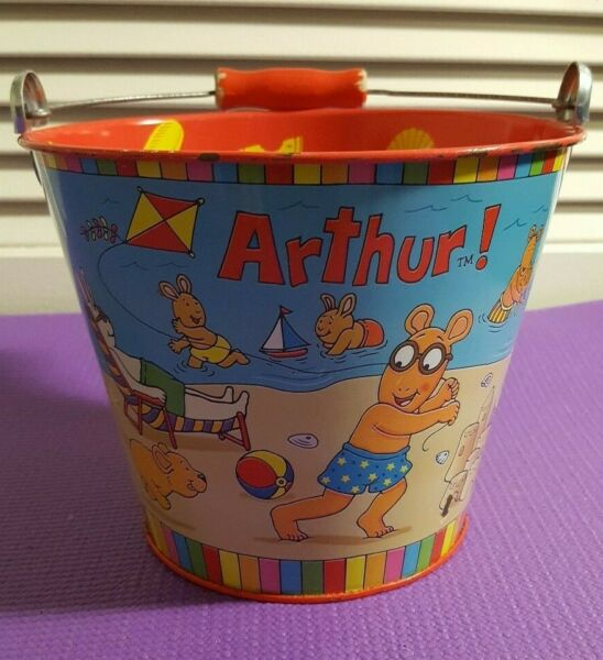 Arthur Tin Beach Sand Pail Bucket with wooden handle 1997 by Schylling