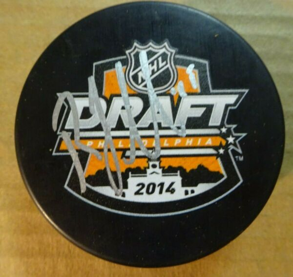 Autographed ROBBY FABRI Signed 2014 NHL DRAFT Hockey Puck St. Louis Blues
