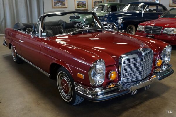 1971 Mercedes Benz 200-Series Cabriolet 1971 Mercedes Benz 280SE 3.5 Red Metallic with 69901 Miles available now!