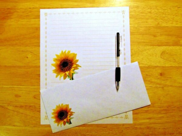 Sunflower Stationery 12 Sheets 6 Envelopes Lined Stationary $12.00