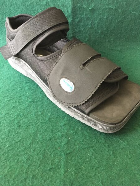 Darco MedSurg Surgical Post Op ShoeDiabetic Med SurgSquare Toe Men's Large