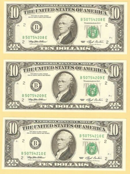 Lot of THREE 1993 $10 FEDERAL RESERVE NOTE GREEN SEAL CONSECUTIVE UNC GEMS