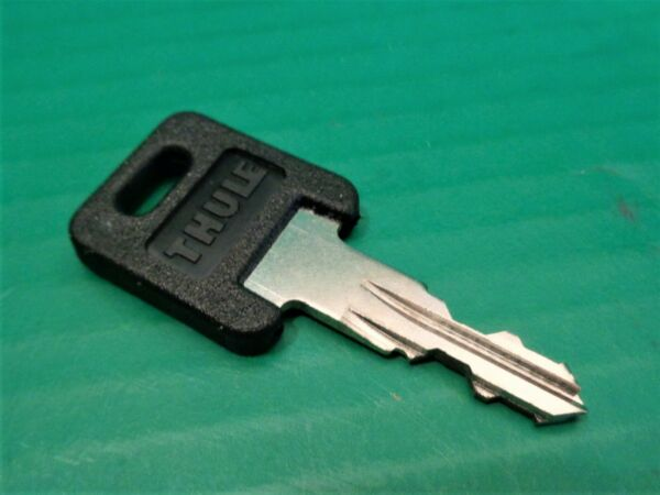 One THULE Lock Cylinder Core KEY ONLY Code # N095 $8.99