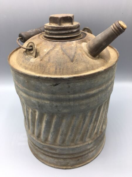 Antique Worth 1 Gallon Metal Gas Can Oil Kerosene With Wooden Wire Bail Handle