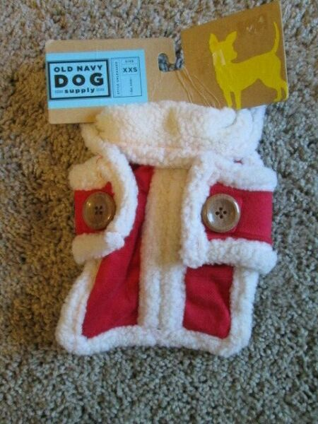 OLD NAVY DOG SUPPLY Red amp; Ivory Fleece Winter Vest XXS 9quot; 10quot; NEW $13.99