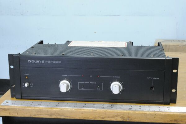 Vintage CROWN PS 200 dual channel amplifier 100 Watts per chan. 3 rack spaces $150.00