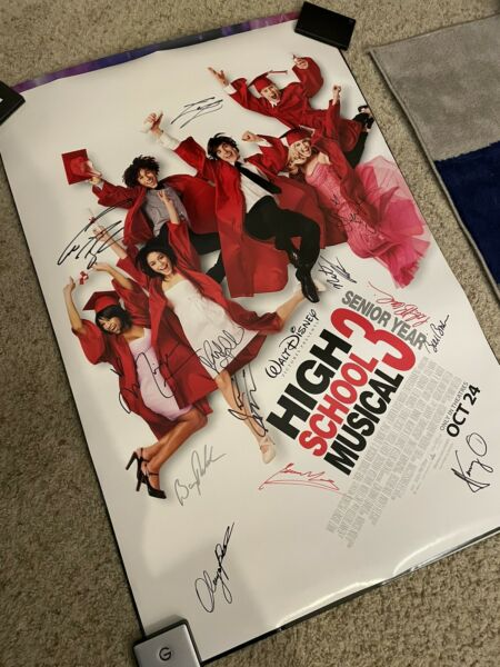 Disney High School Musical Autographed Full Cast 27x40 Rare Movie Film Poster