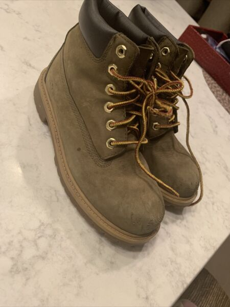 Timberland Boys 6 inch Lace Up Boots Olive Green Youth Size 1 $18.50