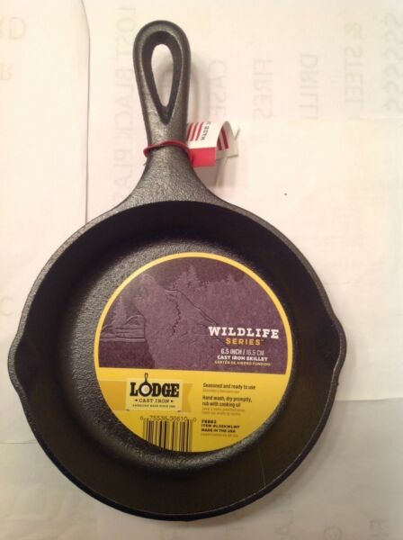 Lodge Cast Iron 6.5quot; Wildlife Series Wolf Skillet Made In The USA