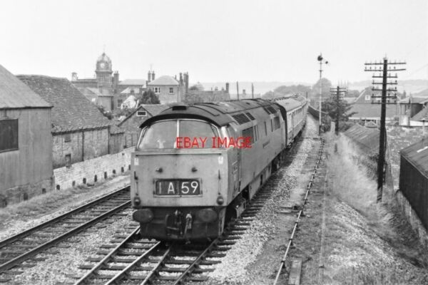 PHOTO CLASS 52 WESTERN LOCO FROM OLD SIGNAL BOX HUNGERFORD 1969