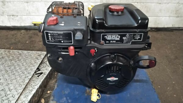 Briggs and Stratton 420cc Snow Engine from Simplicity Blower