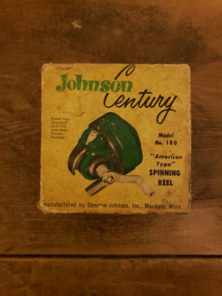 Vintage Johnson Century Fishing Reel Model 100 With Original Box