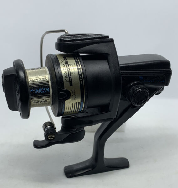 Daiwa Long Cast x AG1305X Spinning Fishing Reel