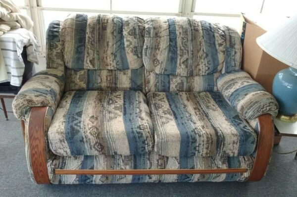 Pre Owned Comfortable Love Sofa 2 Seats Armchair Couch with 2 Moveable Cushions $9.99