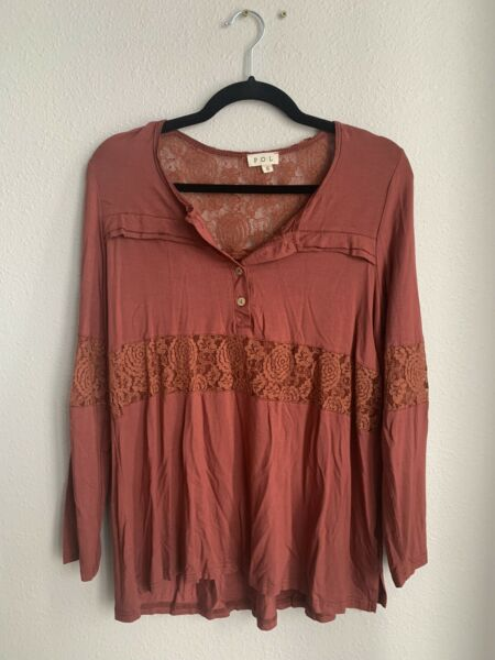 NWT POL Brand Women#x27;s Long Sleeved Top With Lace and Button Detail Size Small