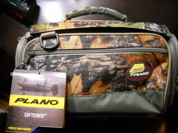 NWT PLANO SOFTSIDER 3700 MOSSY OAK Tackle Bag with 4 3700 boxes included
