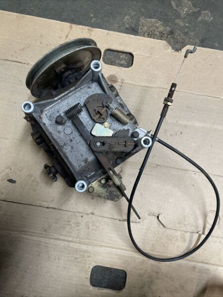 TORO model 38547 Transmission Off 924 Power Shift Snow Blower