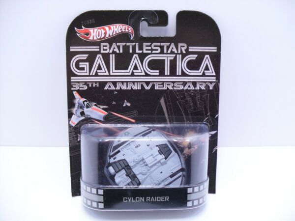 2013 Hot Wheels Retro Entertainment Battlestar Galactica Cylon Raider Spaceship $29.99