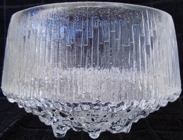 Exquisite Ultima Thule 3 Toed Round Bowl By Iittala $30.00