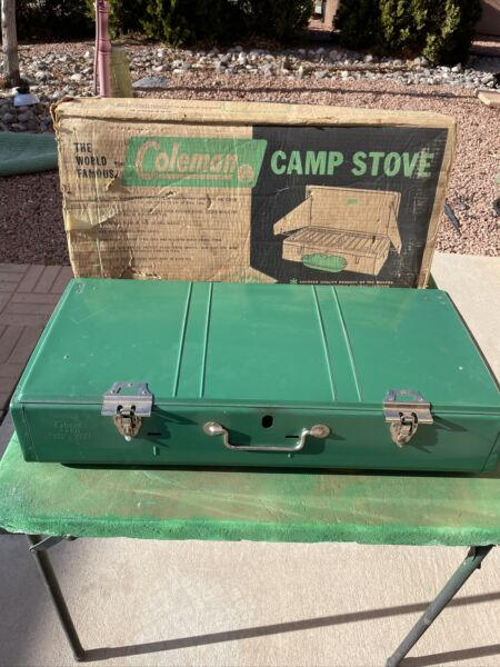 Vintage Coleman 426D 3 Burner Camp Stove Model Box is rough working used hunting