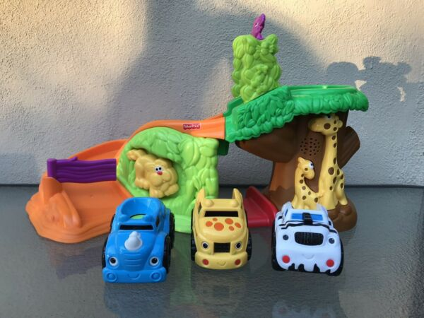 LIL ZOOMERS Safari Sounds Jungle with 3 Cars $12.00