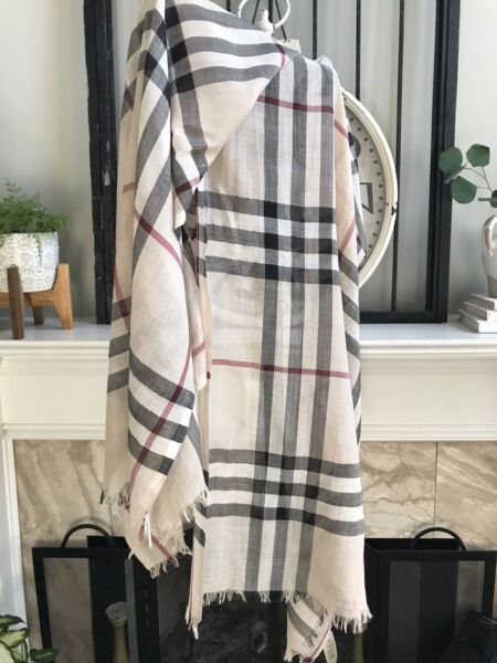 BURBERRY scarf light weight wool silk nova check plaid 84quot; x 28quot; trusted seller $214.99