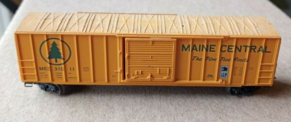 N Scale Maine Central Model Railroad Freight Car Weighted Mixed Couplers Trains $18.00