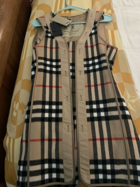 Burberry Trench Warmer Liner Size 8 $295.00