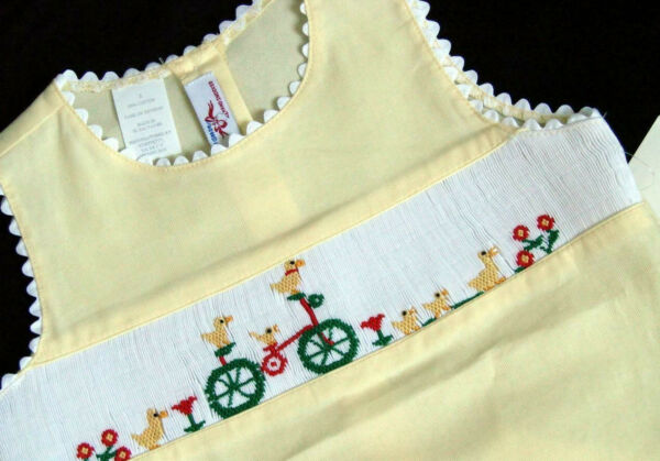 Silly Goose Yellow Smocked Ducks and Bicycle Girls Short Set Sz 6 Sleeveless New $33.99