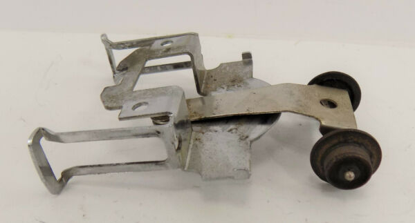 O SCALE Lionel Front END TRUCK ASSEMBLY WHEELS PARTS LOCOMOTIVE $15.99