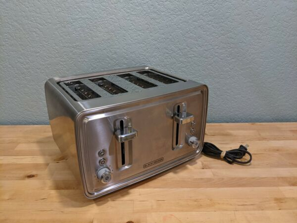 Black amp; Decker 4 Slice Toaster Stainless Steel Extra Wide TR4900SSD EXCELLENT