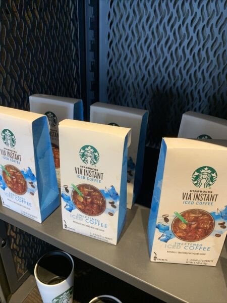 Starbucks Via Iced Coffee 5 COUNT EXP 6 2022 NEW PACK OF 6