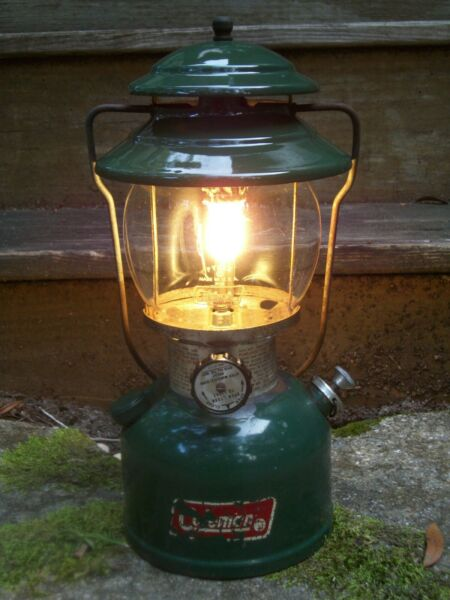 Coleman Single Mantle White Gas Lantern Model 200A dated 11 1980 Green Tested $124.99