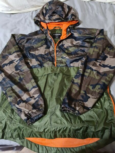 Carbon 1 4 Zip Camouflage Windbreaker w hood Size Large Packable Pullover $19.99