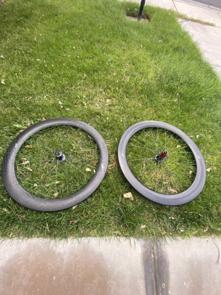 Specialized Roval CLX 64 Disc Wheelset Shimano Freehub Tubeless Ready Clincher $2199.00