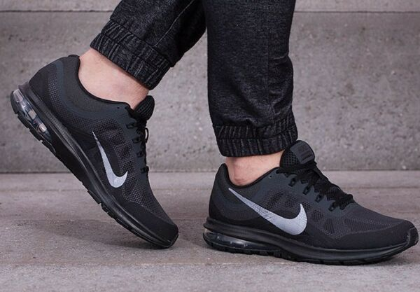 New NIKE Air Max Dynasty 2 Mens black sneaker all sizes