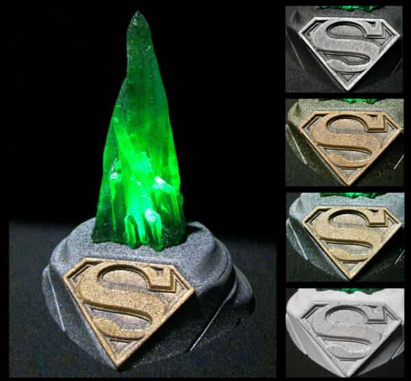 Superman Kryptonite Glow in the dark Crystal Replica with Lighted Display Base